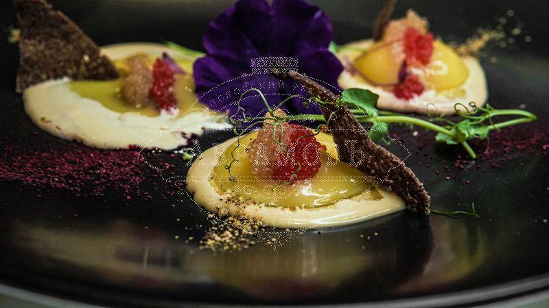 Original Russian-style eggs with pike caviar