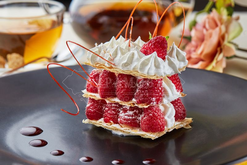 Mille-feuille with fresh raspberries