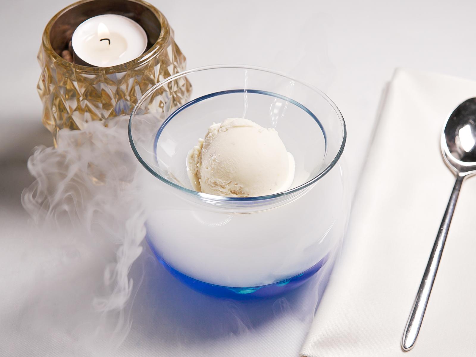 Cedar ice-cream with a pine aftertaste