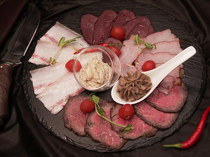 Deli meat (roast beef, dry-cured balyk, raw-smoked venison, jamon, rabbit liver puree)