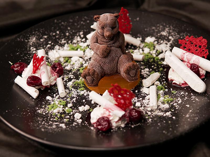 'Siberia Bear' Signature dessert