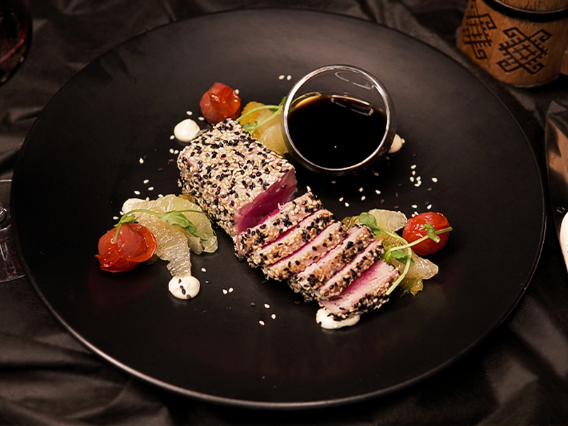Yellowfin tuna fillet with ponzu sauce