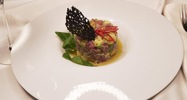 Tuna ceviche with truffle dressing